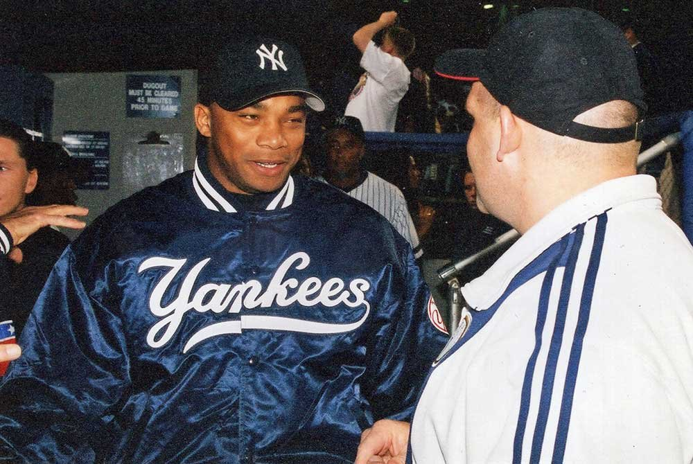Rulon talking to Yankees player