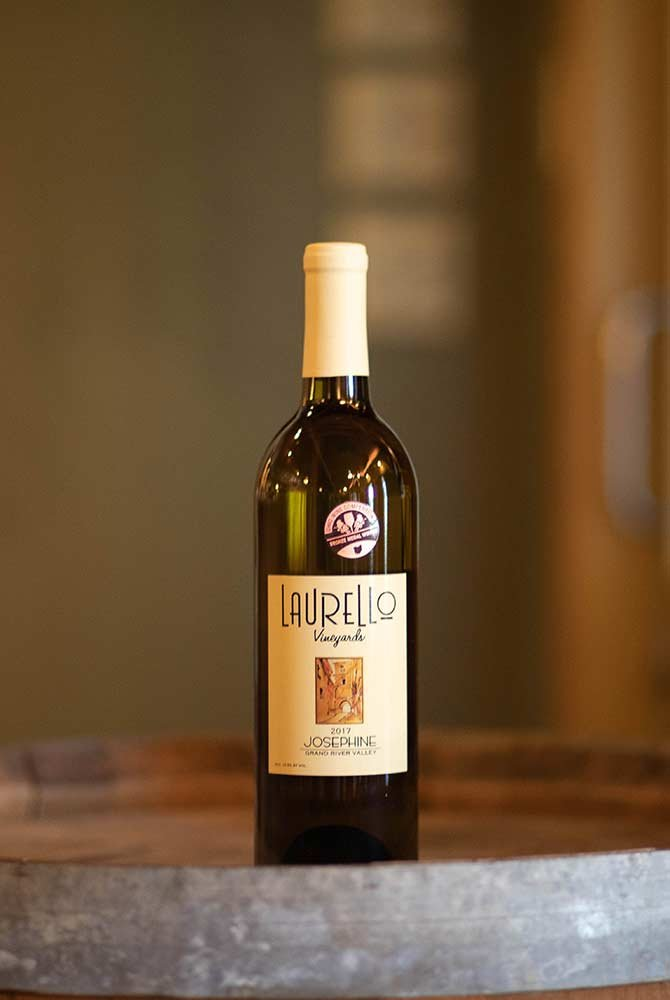 Laurello Josephine Wine Bottle