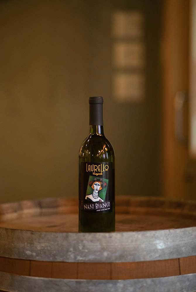 Laurello Naso Bianco Wine Bottle
