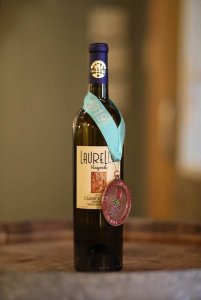 Laurello Chardonnay Wine Bottle with Medal