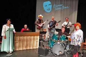 Woman Singing With Band in Always Patsy Cline 2018