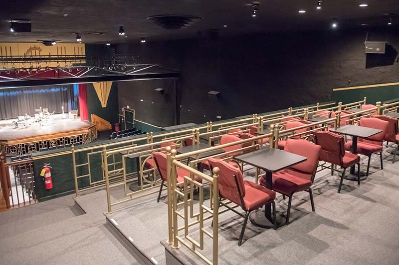 Balcony above theatre with Tables