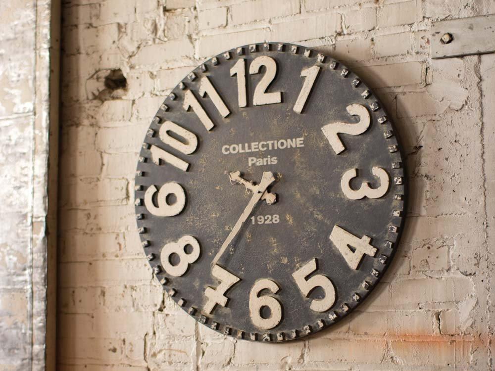 Black and white wood clock